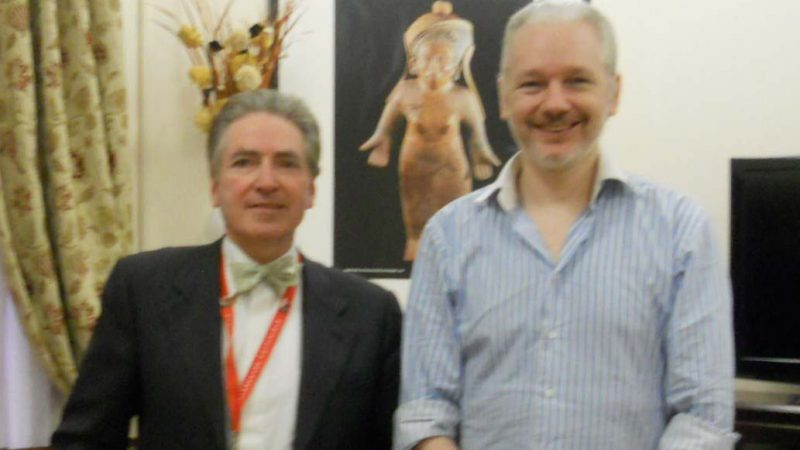 Alfred de Zayas visiting Julian Assange in the Ecuadorian embassy