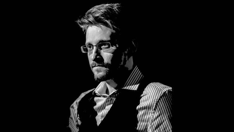 Edward Snowden at the Joe Rogan Experience – Full Interview